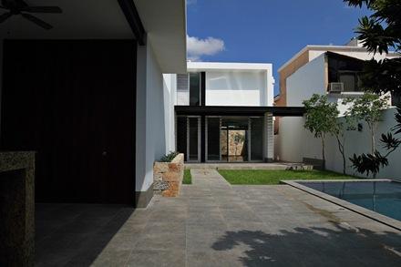 fachada-Casa-Emiliano-Punto-Arquitectónico-