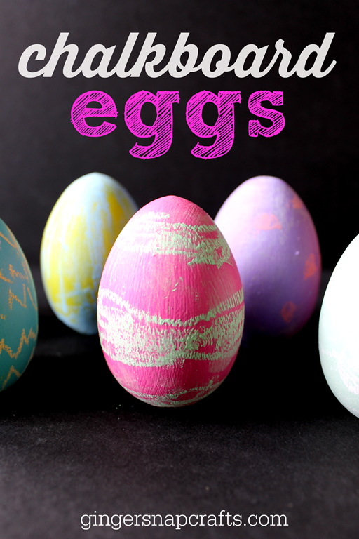 chalkboard eggs #Easter #kidscraft #chalk #decoart