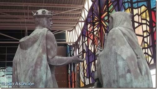 Escultura de Jaime el Conquistador en Petrer