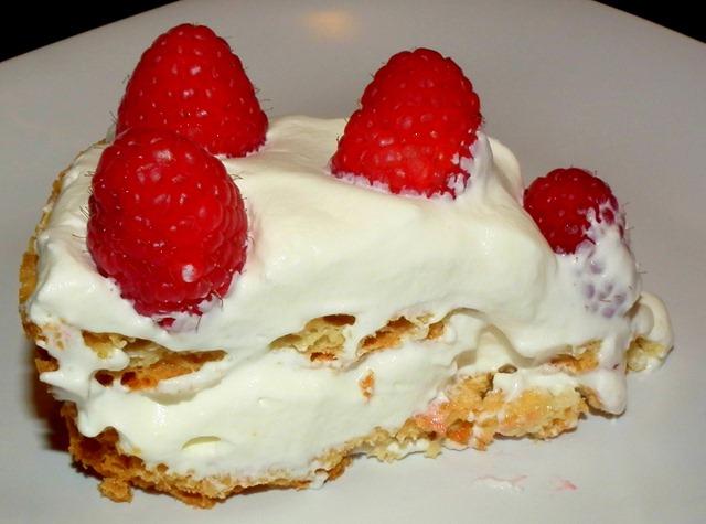 SRC Raspberry Meringue Cake 10-27-11