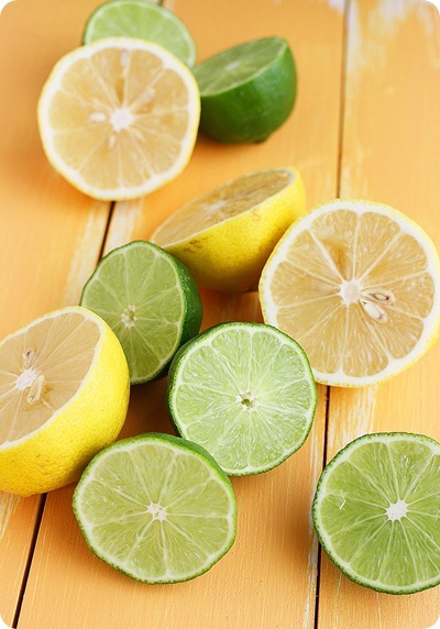 Homemade Sour Mix – Easily make your own fresh, versatile sour mix for margaritas + more cocktails!| thecomfortofcooking.com