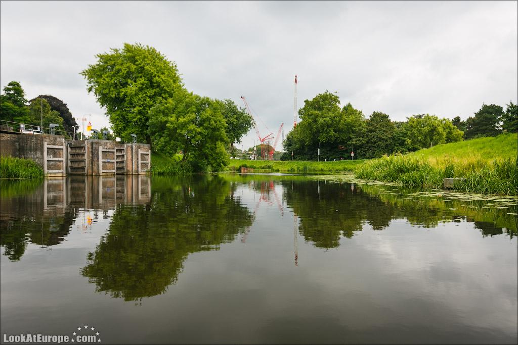 LookAtEurope.com - Фотогалоп по Европе. Чехия, Германия, Голландия.  Подземные каналы города Хертогенбош | Holland, Binnendieze in Hertogenbosch