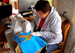 1412098 Dec 29 Barb Quilting The Hummingbird Wallhanging