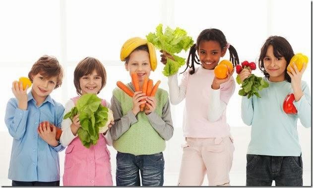 kidswithfruits-veggies