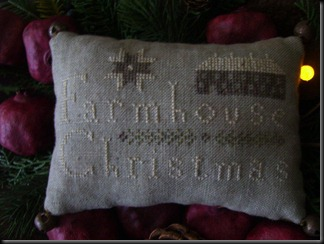 farmhouse Christmas pinkeep