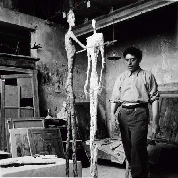 Alberto Giacometti no atelier, Paris 1950 Foto de Ernst Scheidegger.jpg