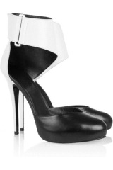 Karl Two-tone leather sandals