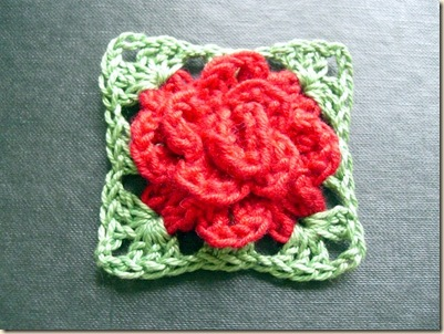 Crochet Rose Pattern Granny Square : Bluebell Wood: Tiny 3-d Needle Lace Daisy & a crocheted choker