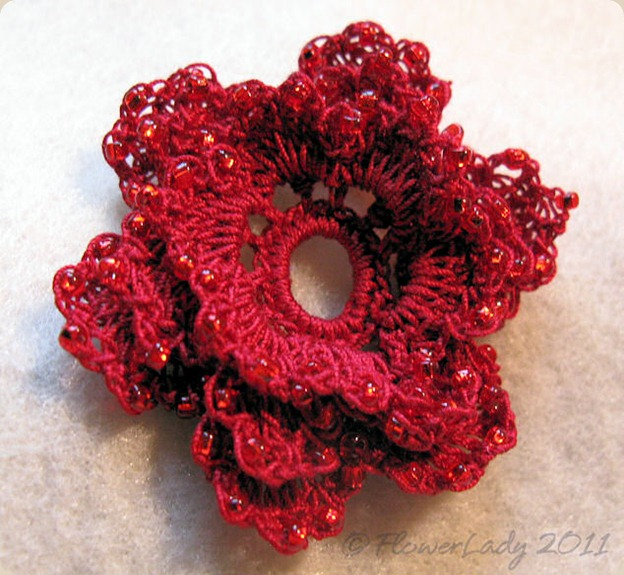 12-08-crochet-bead-red-rose