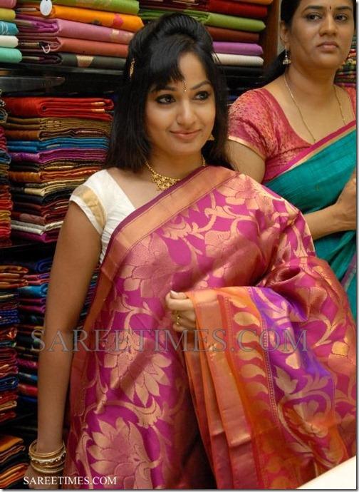 Madhavi_Latha_Silk_Saree