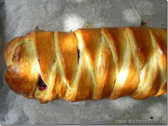 blueberry-cream-cheese-braid-twelve-loaves-August-2