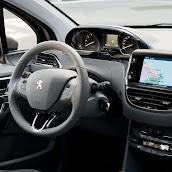 2013-Peugeot-208-HB-16.jpg