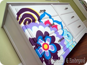 Paint a design on furniture using an overhead projector! {Sawdust and Embryos}