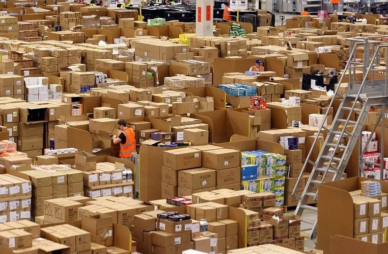 amazon-warehouse-9