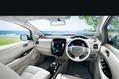 2013-Nissan-Leaf-28_thumb.jpg?imgmax=800