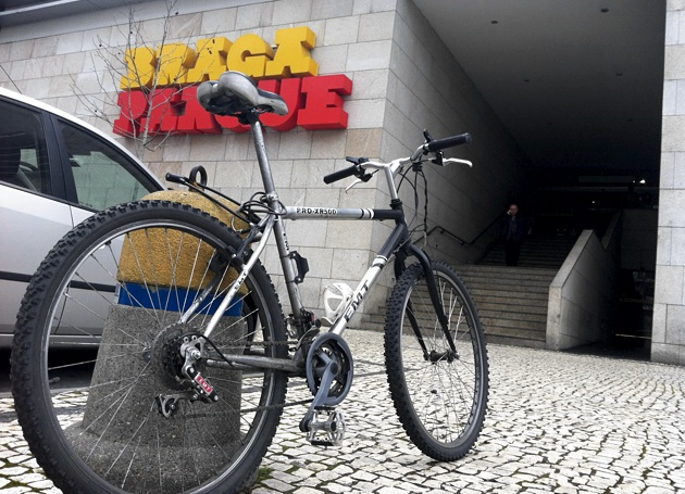 Estacionamento bici 105