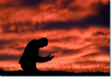 man-kneeling-in-prayer