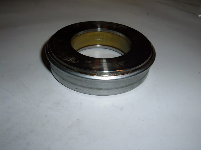 Clutch release/throw out bearing, correct for most Nailheads 39.95