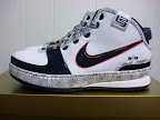 usabasketball lebron6 witness gold 01 USA Basketball