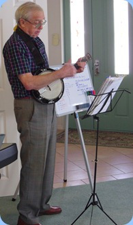 Gordon France playing his Eukulele-Banjo with vocals