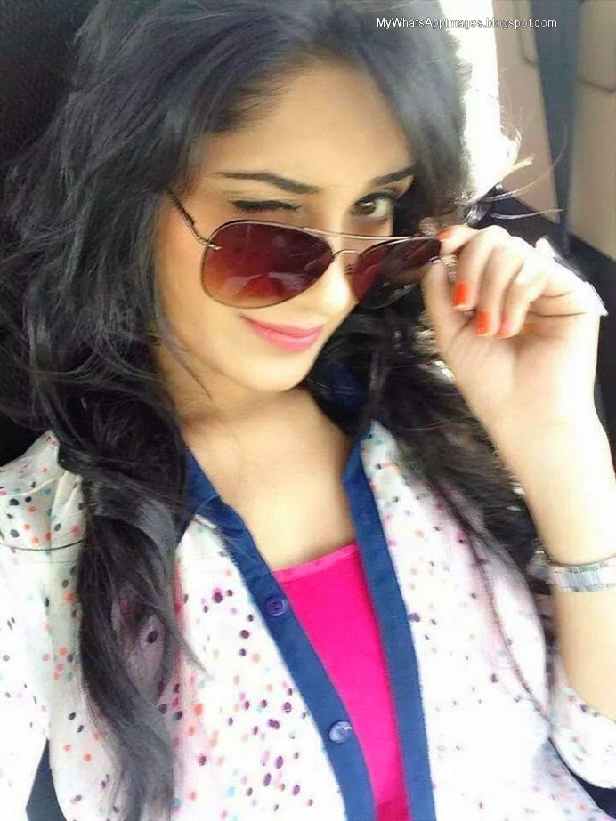 Stylish Girls Profile Pictures & WhatsApp DP Images 2018