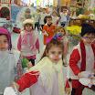 4. Y,,, nos convertimos en muñecos de nieve y cantamos la canción del invierno.  (8).JPG