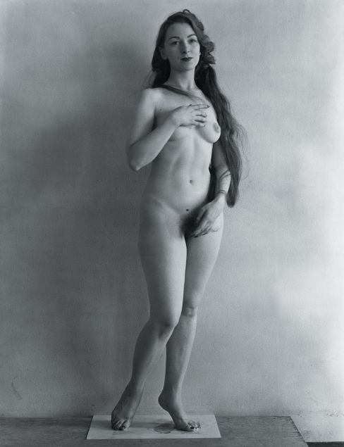 Erwin Blumenfeld, Venus, Nu, 1946.jpg
