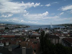 305 - Vistas desde la catedral de St. Pierre.JPG
