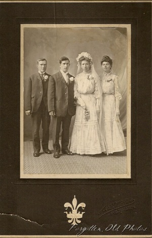 Pr Antiques Wedding 1904 to 1906almost matching dresses