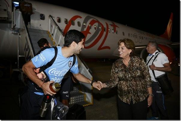 Governadora recepciona delegação do Uruguai - Luis Suárez - Elisa Elsie (2)