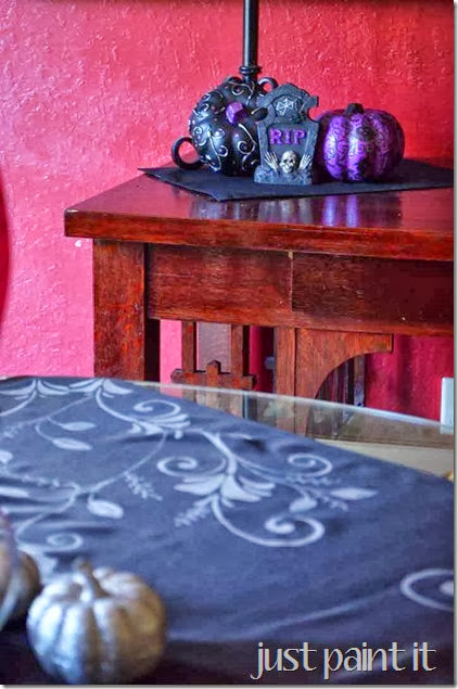 Halloween-Dining-Room-C
