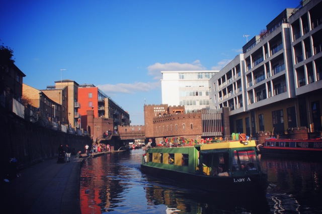 regents canal boat 2