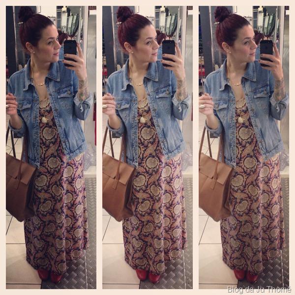look vestido longo estampado, jaqueta jeans FARM e bolsa CARMIM (1)