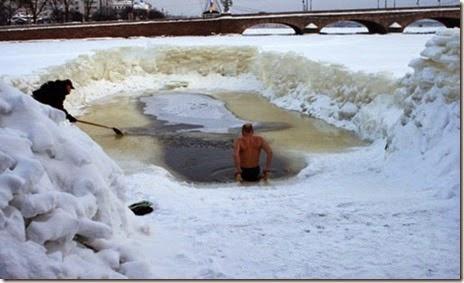 russian-winter-fun-030