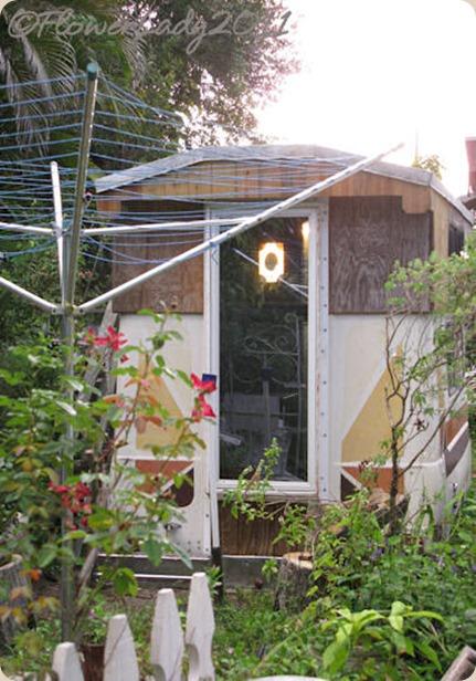09-24-gypsy-shed