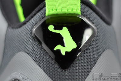 lebron9 dunkman 26 web white The Showcase: Nike LeBron 9 Dunkman. Diddy Rocks Em Too.