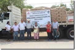 15-05-2013 entrega de material quetzalapa 2