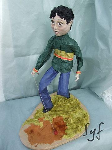 muñeco papel mache 12