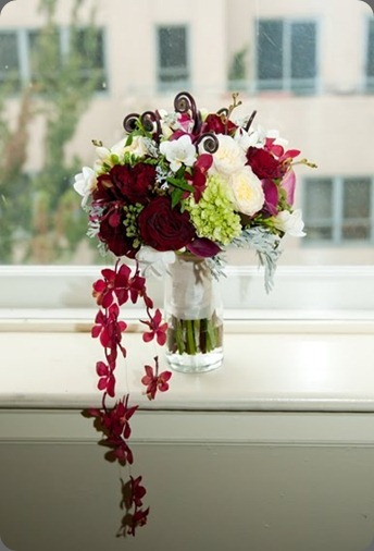 kailis-wedding-bouquet-trailing-orchids flora nova seattle
