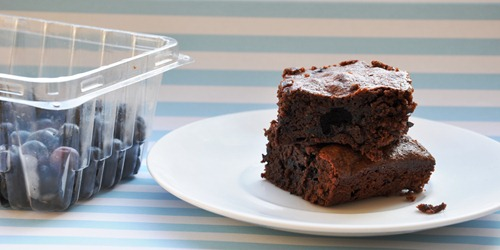 blueberry brownies 023