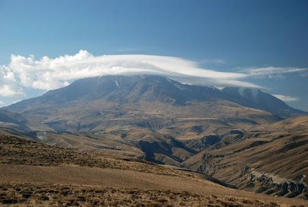 Iran Sabalan muntele Sabalan vazut dinspre Yarpakh Daghi