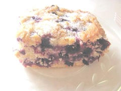 blueberry cake piece2
