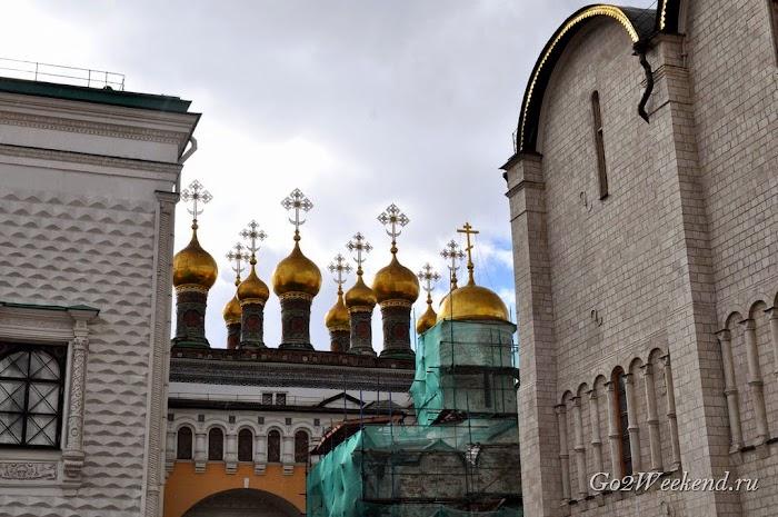 Moskow_kreml_sobornaya_ploshad_9.jpg