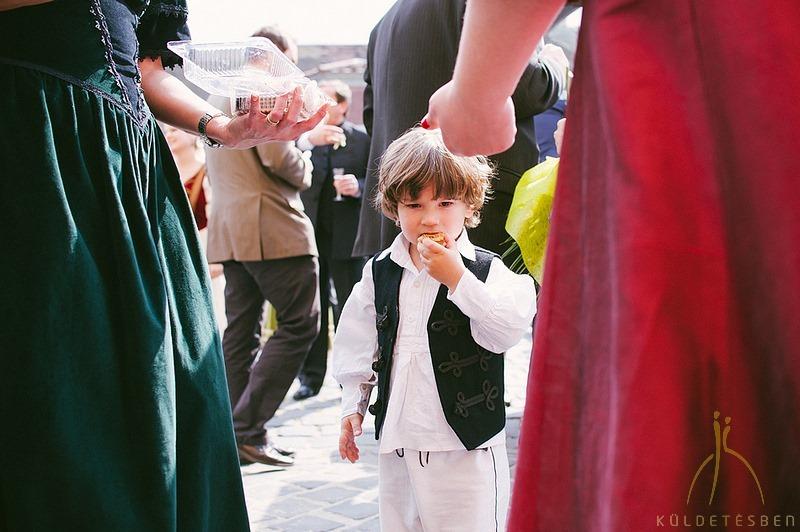 Sipos Szabolcs, Küldetésben, esküvői fotók, jegyesfotózás, riport, életképek, Budapest, Budai Vár, Óbuda