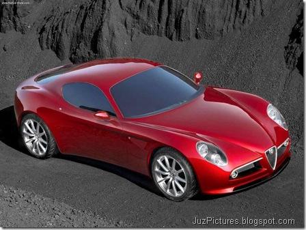 Alfa Romeo 8C Competizione3