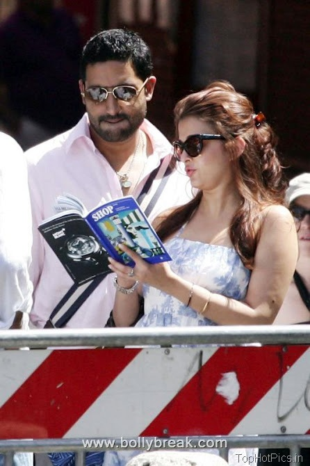 Aishwarya Rai Hot Pics at Vacation 1