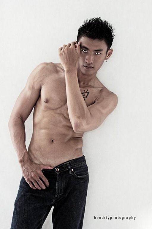 Asianmales-Little Shirtless Sexy with Unknown Male Model-05