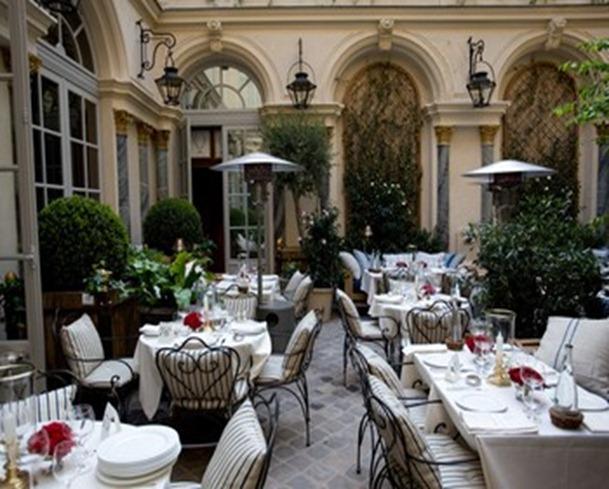 Paris_Ralphs_Restaurant_Ralph_Lauren_350w_263h