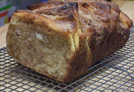 cinnamon-pull-apart-bread 052