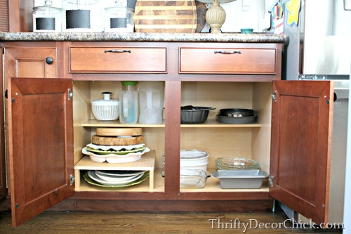 organizing kitchen shelves